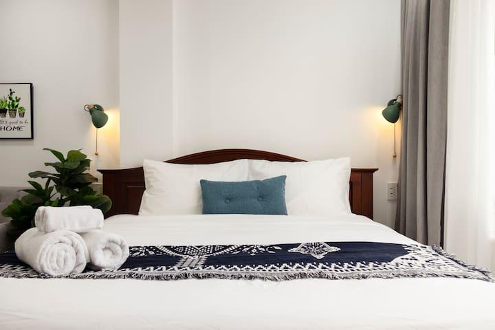 Bed Bedsheet Duvet Pillows Lamps Towels