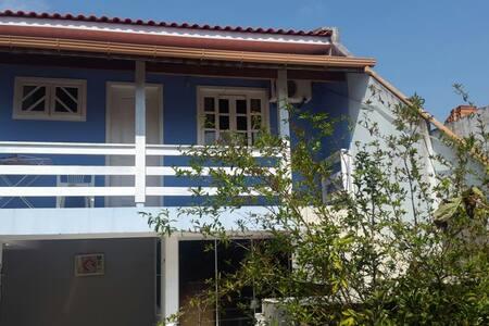 Pequeno e confortável apartamento próximo às dunas - Florianopolis