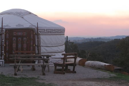 The Yurt Alpine Retreat King Valley - Myrrhee