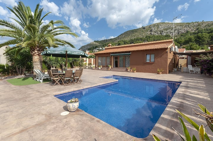 CASA LEA - Villa with private pool in Alcalali. Free WiFi