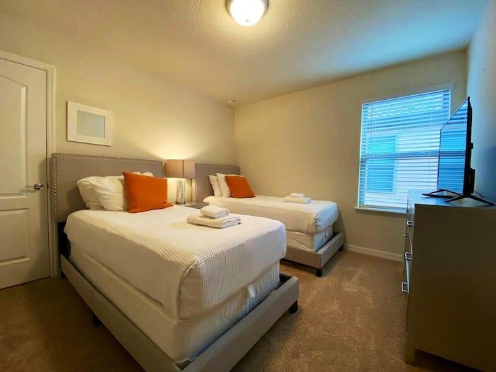 Double Cozy Room 2 + Clubhouse Resort
