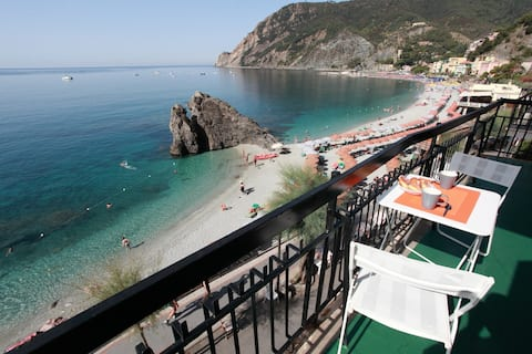 Monterosso in front of the beach