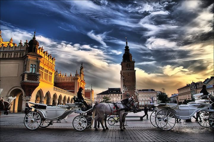 Krakow's Main Market Square may be quite magical (just steps away from the apartment) - (c) by Zonenfred (ATE)