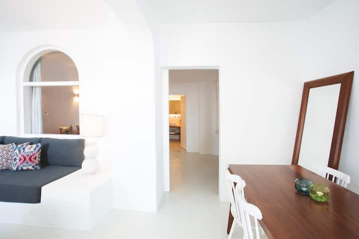 Senior Suite with Caldera View