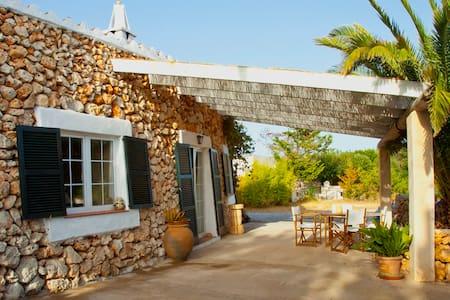 Casa rural con encanto en San Luis - Sant Lluís - Ház