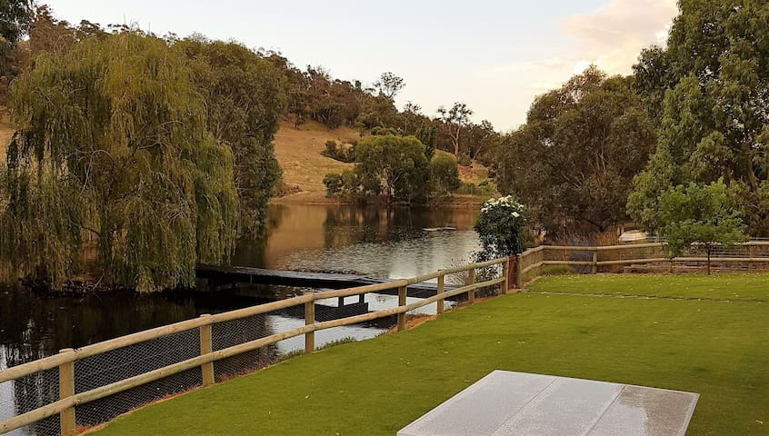 Sola Gratia Country Stay - Bullsbrook