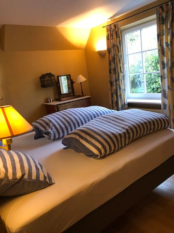 Level 1 - Room 1 - Double bed room