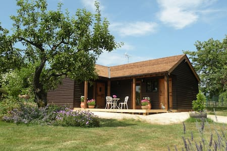 Luxury 4* Converted Stables  B&B - Cranbrook, Kent - Bed & Breakfast