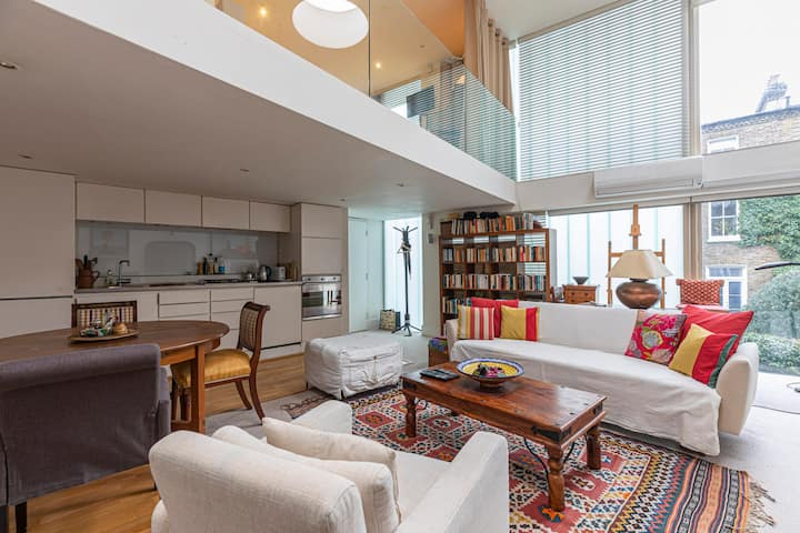Contemporary apartment at the heart of Fulham