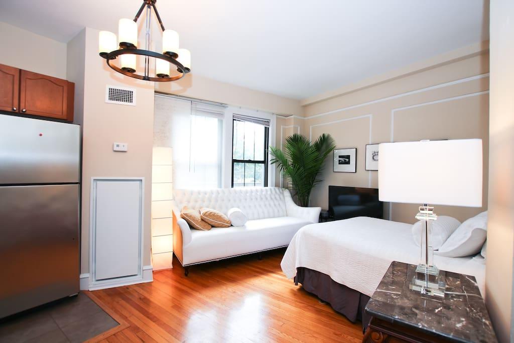 Exquisitely furnished studio admo apartments for rent in for Furnished studio apartments