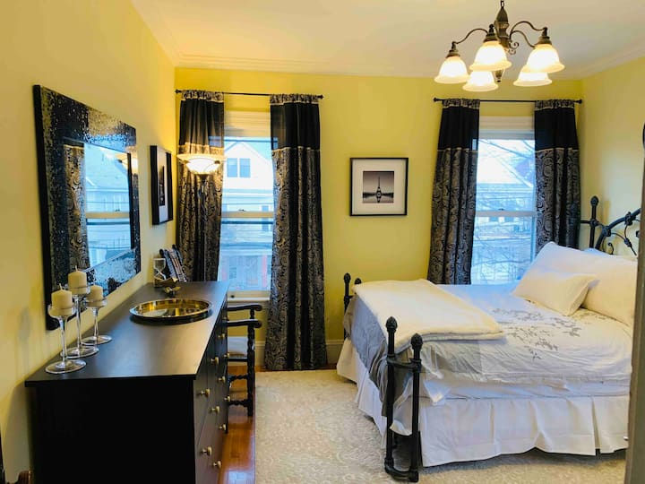 Grand Victorian gets Contemporary Facelift! #2