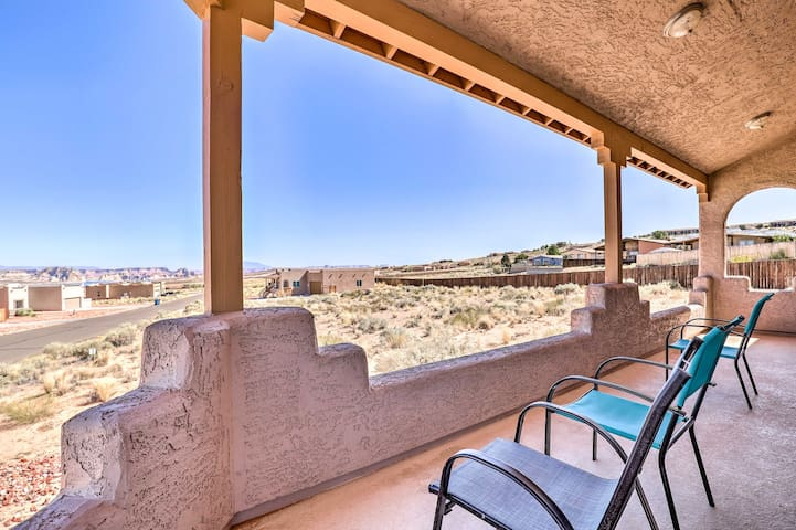Pet-friendly Adobe ~ 3.6 Miles to Lake Powell!