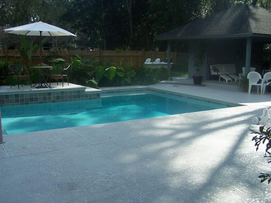 Pool looks nice and is, in hot weather, but is not heated for winter use