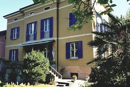 Villa Max - CIR: 012142- CNI - 00018
