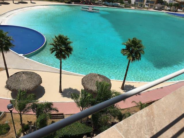Departamento amueblado en Dream Lagoons Apodaca