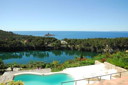 Horizon bleu seaview villa - Le Dramont