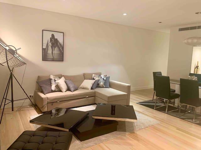 High Rise Modern Luxury 2 Floors Penthouse - CBD