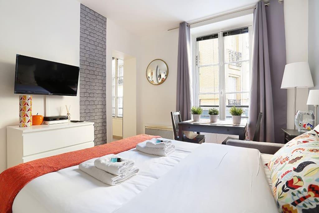 Sublime studio rue du commerce apartments for rent in - Housse de couette rue du commerce ...