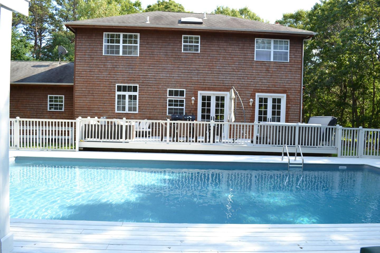 Best Hamptons location! Room #3