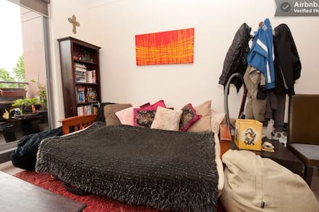 Eco-conscious Traveller: Sofa Couch - Redfern - Apartment
