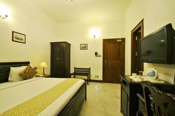 Modernly Designed Premium Room - Jaipur - Villa