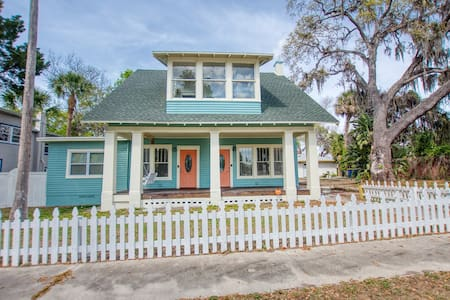 Apt in Historic Clearwater Home with water View #B