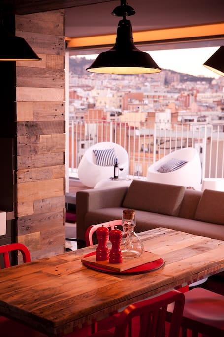 Terrace & Lounge