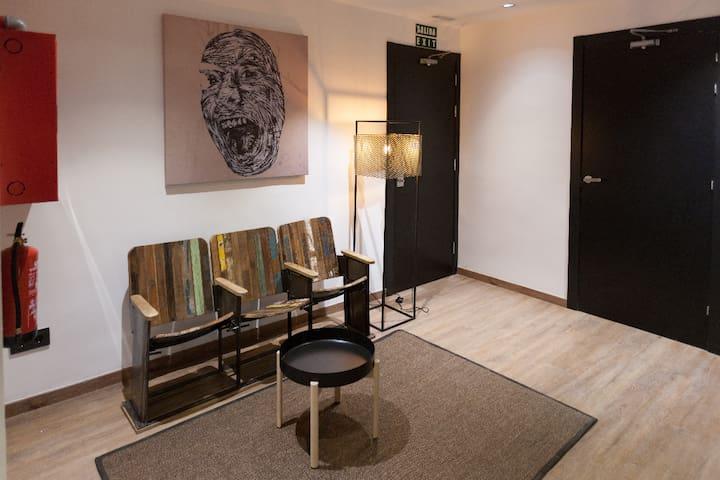 Living room Airhostel