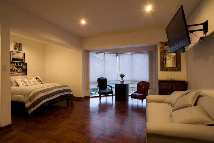 404: Modern Studio in Central Miraflores
