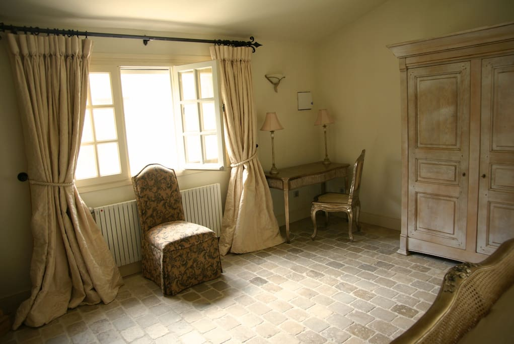 Garden Room at the Chateau d'Eau