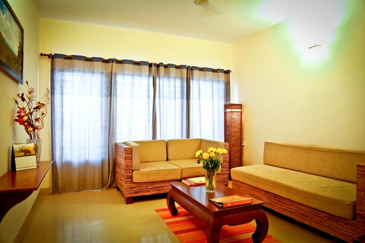 Family Suites 2 BHK  - WiFi & Breakfast Included