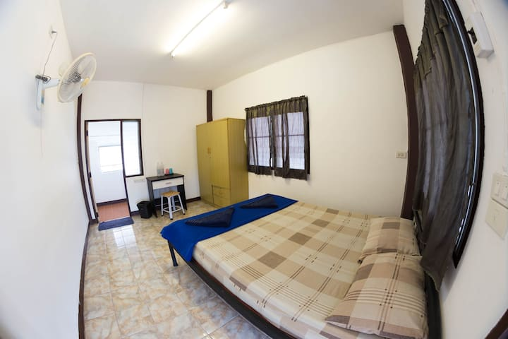 Old City Private Apartment - Thai Experience - 4