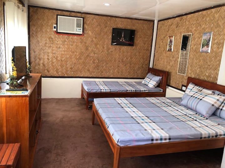 Mum Nitz Guest House (Single Private House)