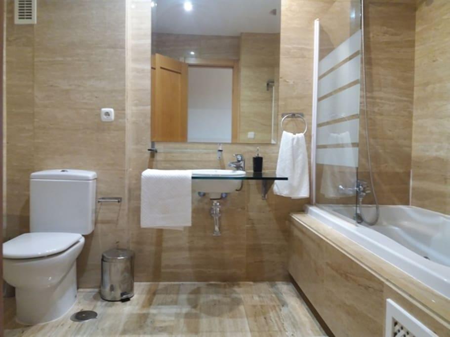 Baño suite con Hidromasaje