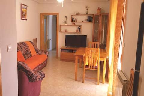 Apartamento con Wifi y patio grande