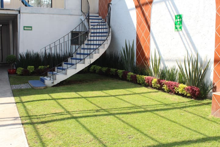 Hermoso jardín / casa