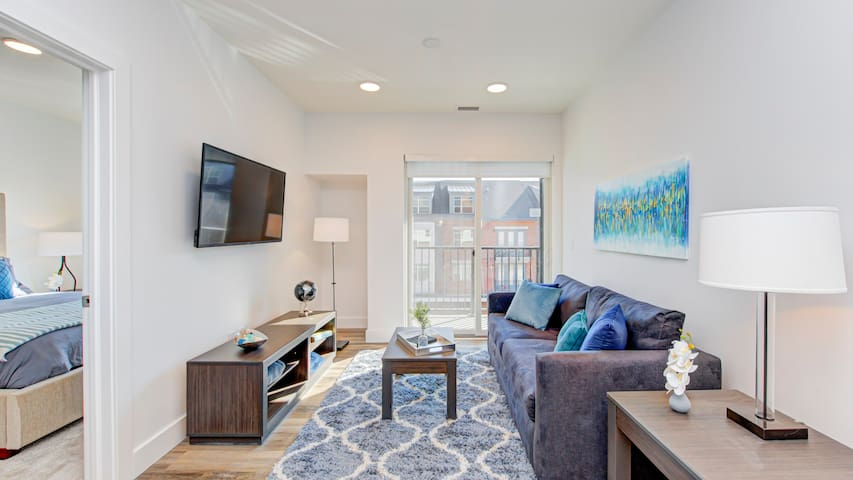 Professionally-cleaned 1BD condo in downtown Indianapolis