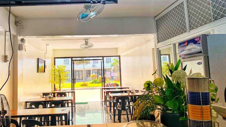 KoYan's Place Iloilo Dormitel/Transient One