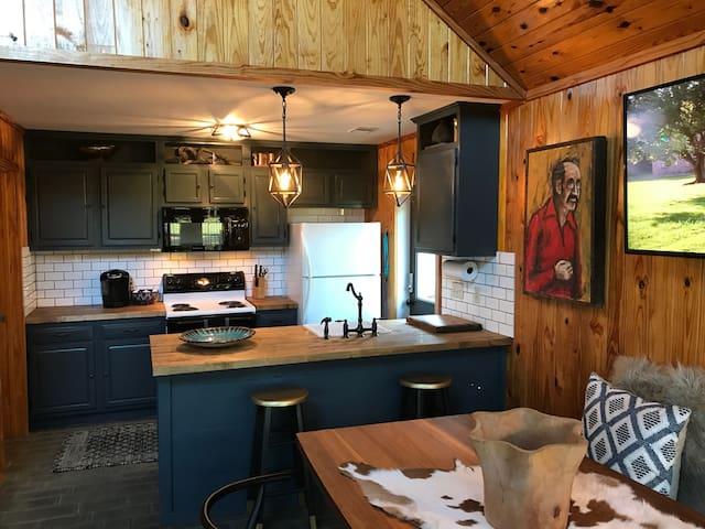 Tannenbaum Cabin