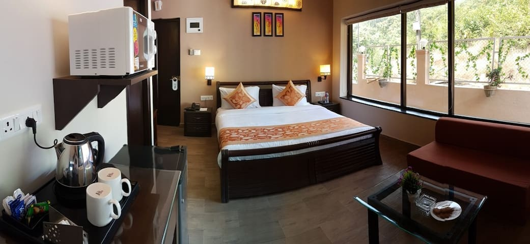 Deluxe Room for Couples at Arpora Baga Road, Goa - North Goa