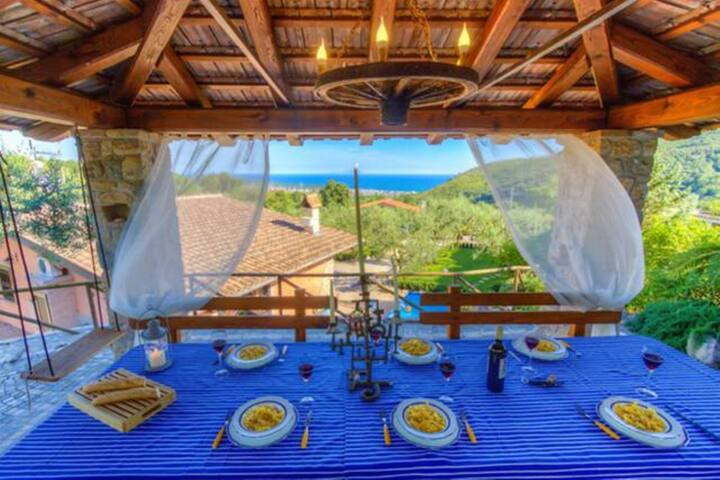 Villa Positano ★ Garden and Private Pool  ★6Guests