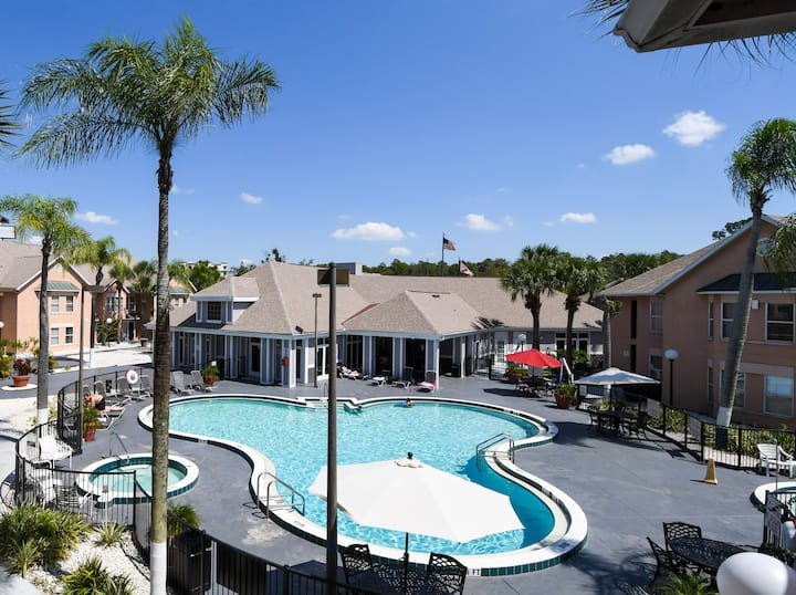 Renovated Disney Villas up to 4 people (JAVA 6)