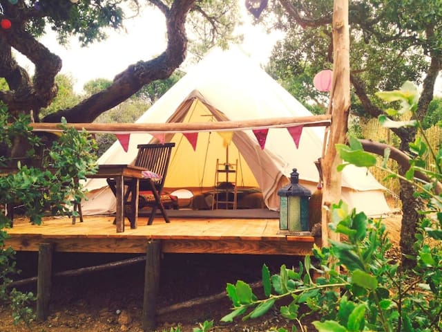 Into The Wild Algarve 2 pp tipi tent - Budens - Stan