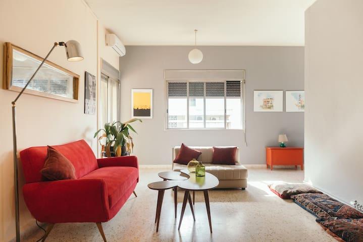 Cozy apartment near Gemmayze and Mar Mikhael