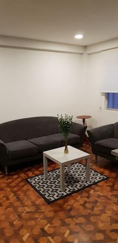101 Central Cozy Apartament 2bed/2bath in old city