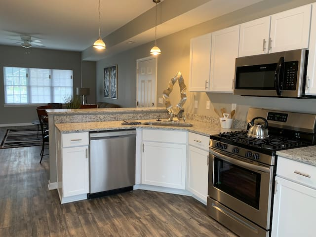 NEW-BUILD TOWNHOUSE, CLARENCE, 2 MASTER SUITES