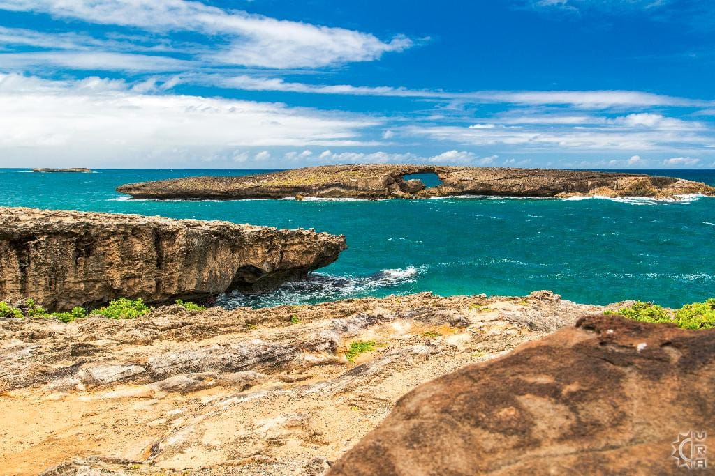 5 minutes walk to the amazing Laie Point. Your perfect vacation starts HERE!