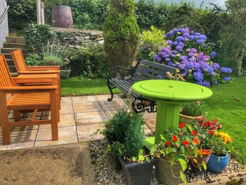 Garden studio, amazing location 10 mins to L/Derry