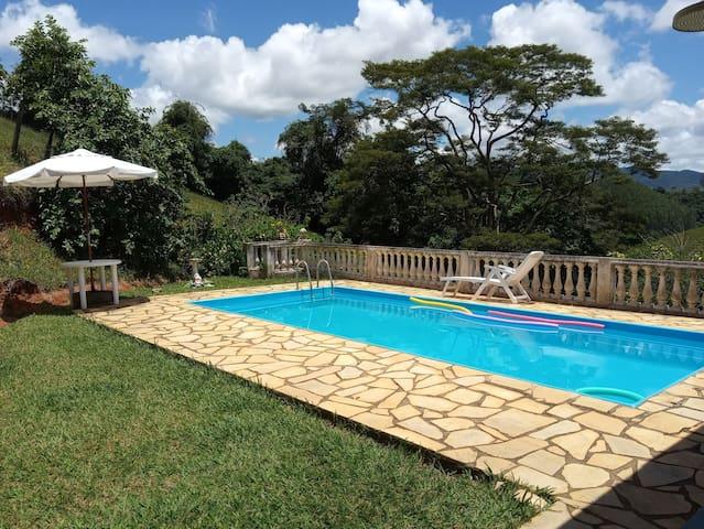 Casa no Sítio Canto Alegre - Conservatória -RJ