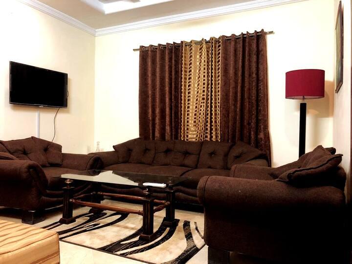 Comfy Apartment/ 1BHK/ Central City